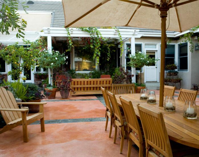Bigstock Elegant Courtyard 3892443