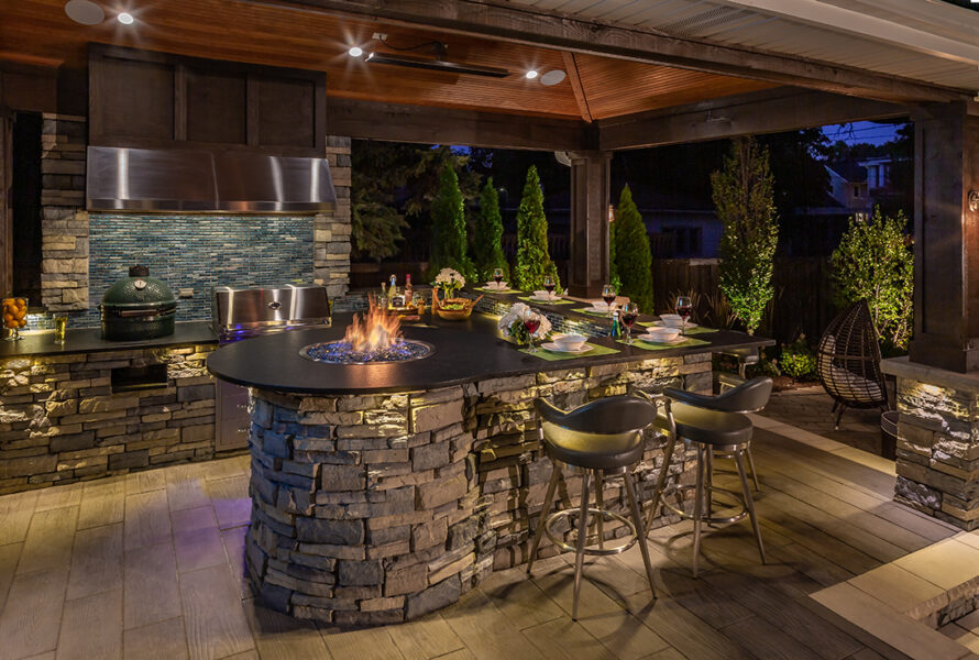 Outdoor Kitchen with Fire Feature
