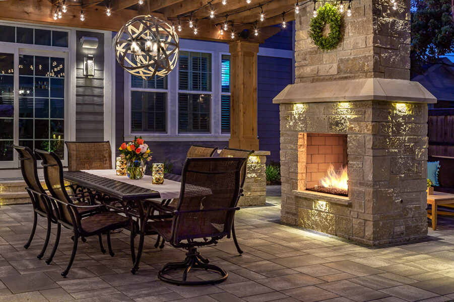 Outdoor Dining Fireplace